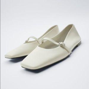 Zara White Squared Toe Ballet Flats SZ 8